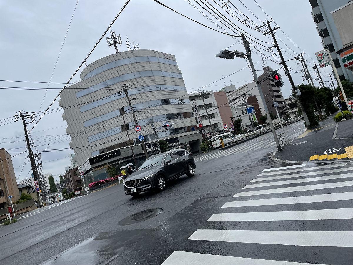 雨が降ったり止んだりの週明け月曜日 by天空オフィシャルブログ所蔵画像