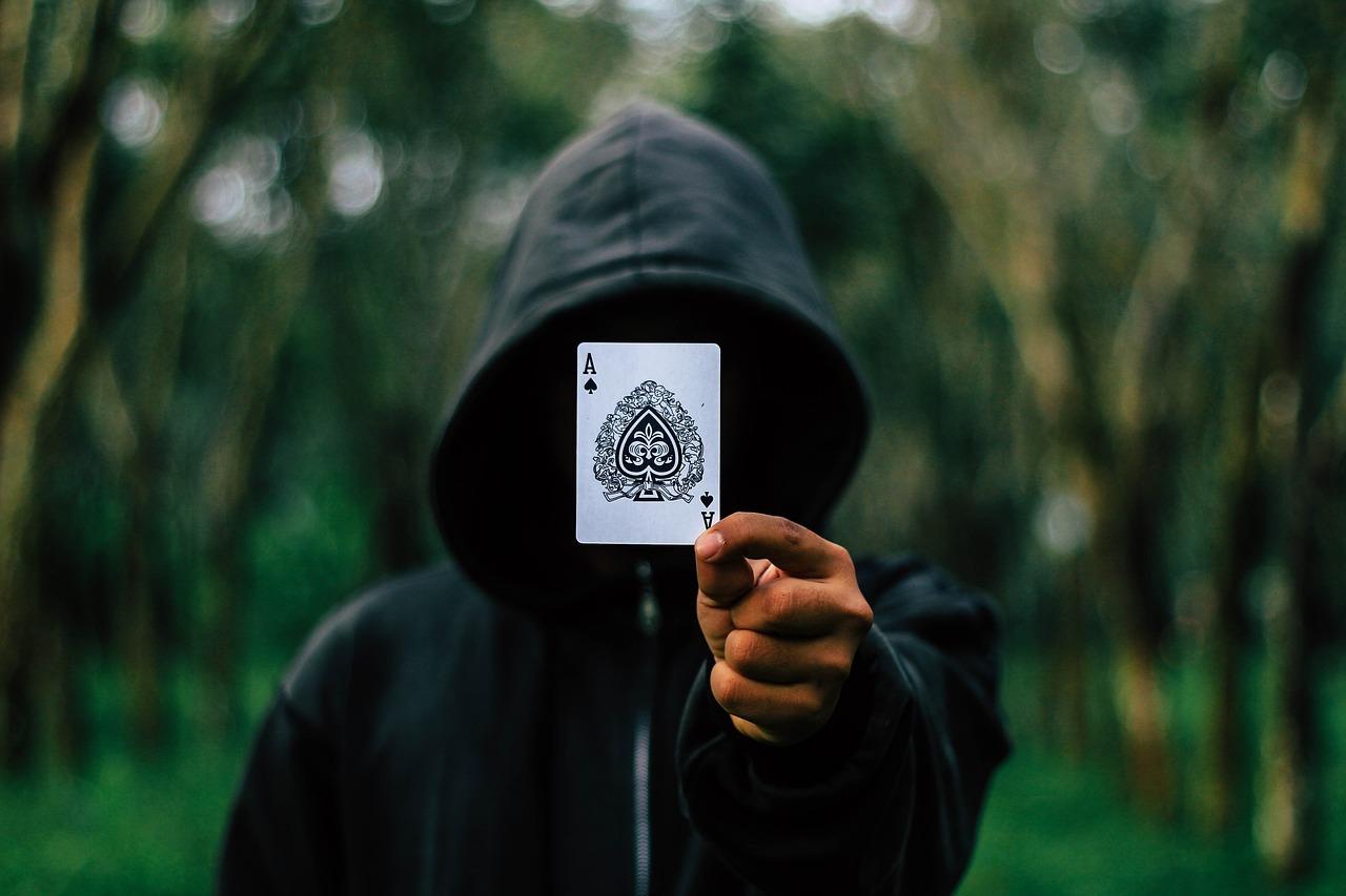黒魔術師に呪われた兆候