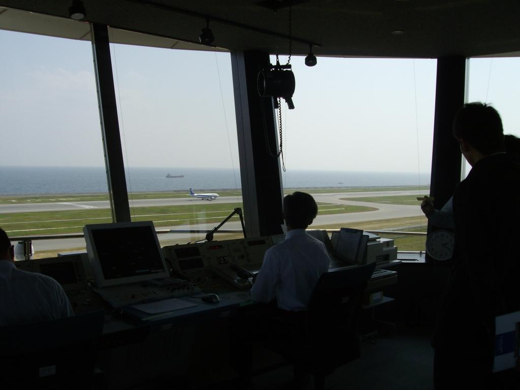 神戸空港管制塔 5月19日  (15)