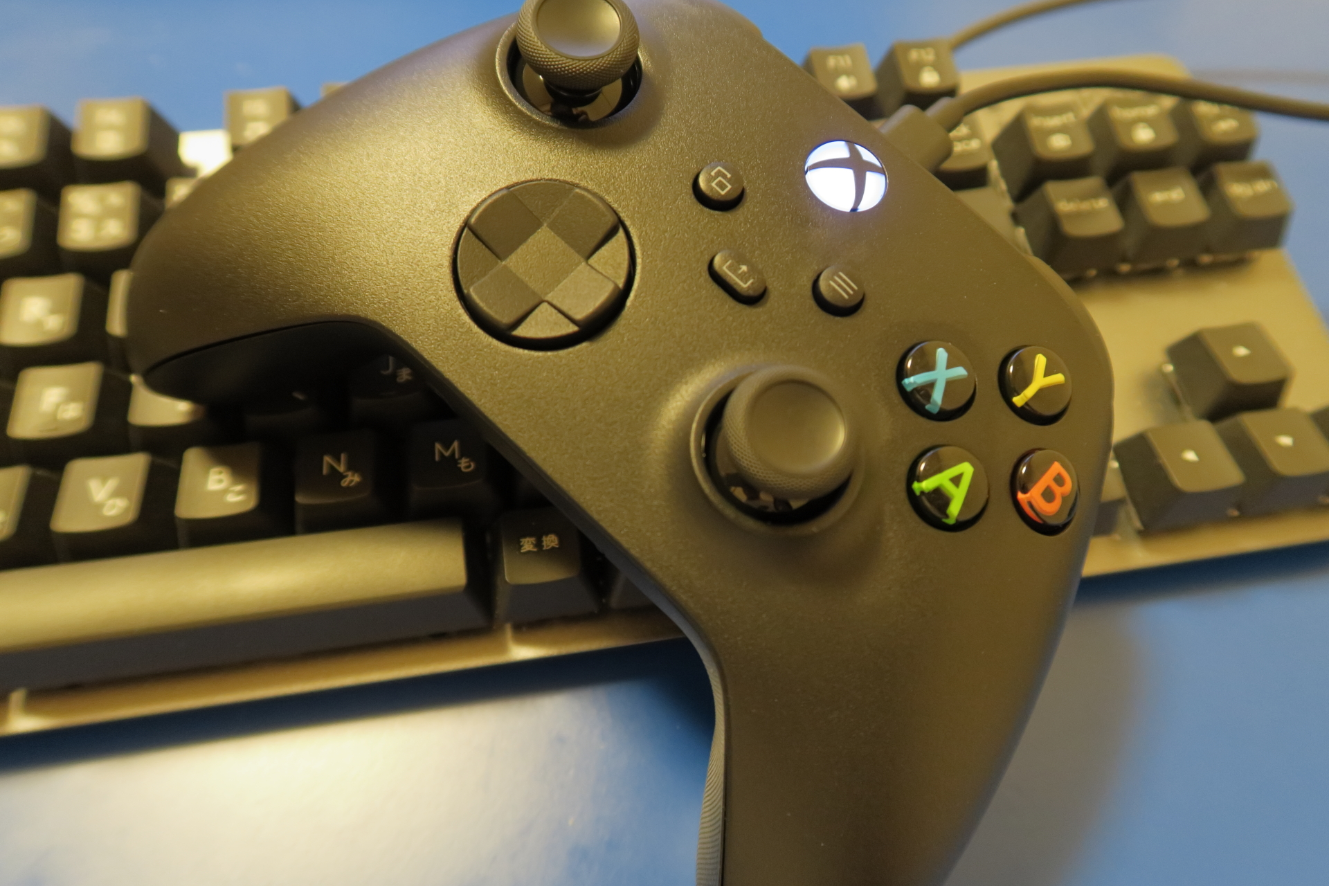 Xbox ワイヤレスコントローラー