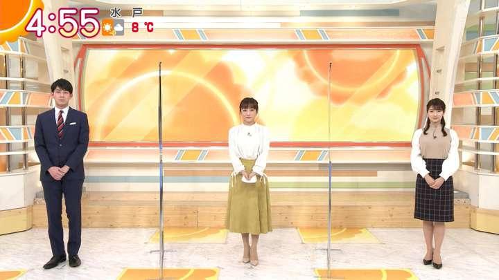 2021年01月15日安藤萌々の画像01枚目