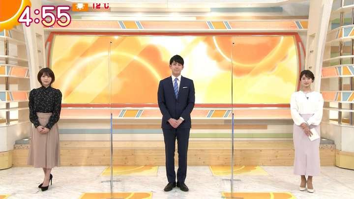 2021年02月19日安藤萌々の画像01枚目