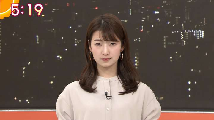 2021年02月25日安藤萌々の画像04枚目
