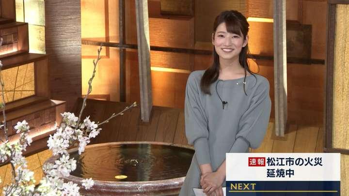 2021年04月01日安藤萌々の画像11枚目