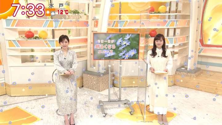 2021年03月04日新井恵理那の画像15枚目