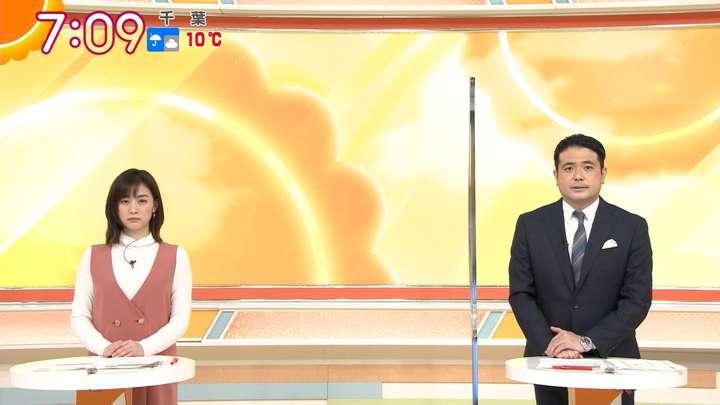 2021年03月08日新井恵理那の画像16枚目