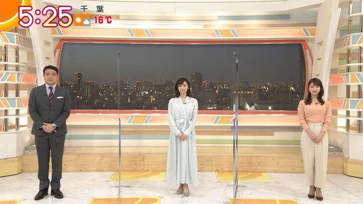 2021年03月11日新井恵理那の画像01枚目