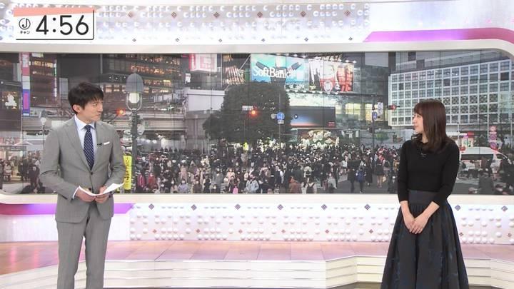 2020年12月25日林美沙希の画像11枚目