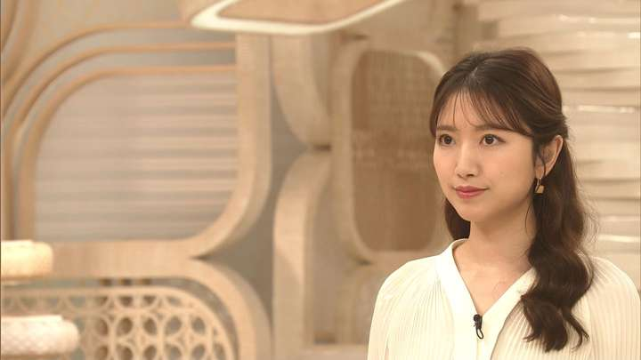 2021年02月16日三田友梨佳の画像02枚目