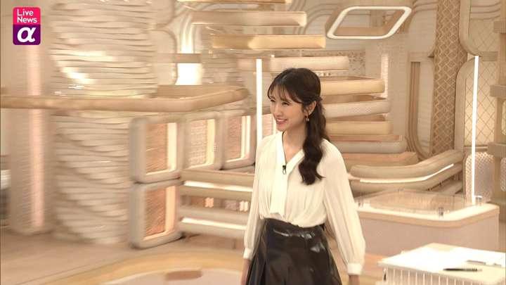 2021年02月16日三田友梨佳の画像17枚目