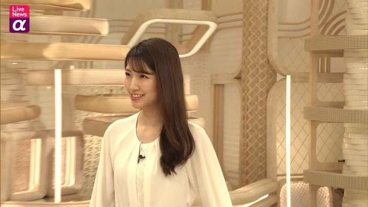 2021年03月03日三田友梨佳の画像16枚目