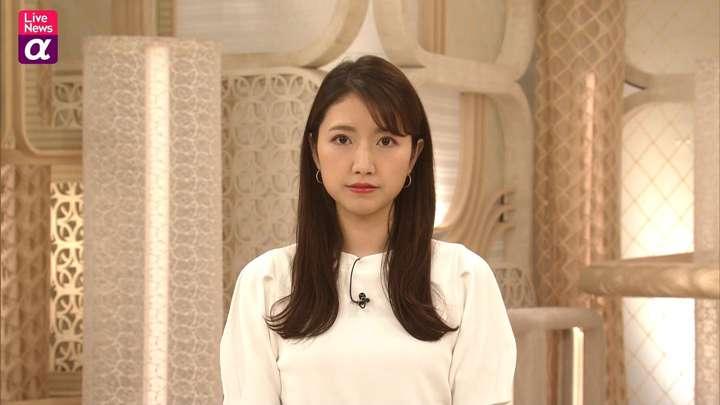 2021年03月11日三田友梨佳の画像12枚目