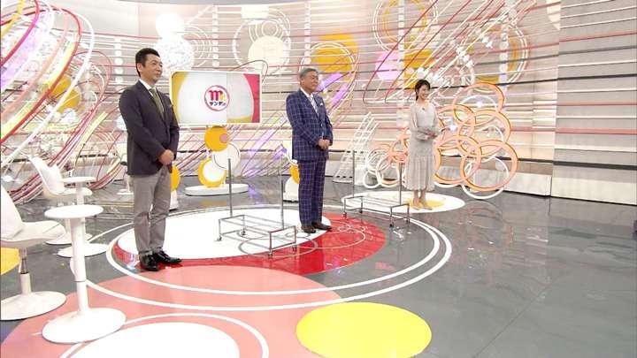 2021年03月21日三田友梨佳の画像02枚目