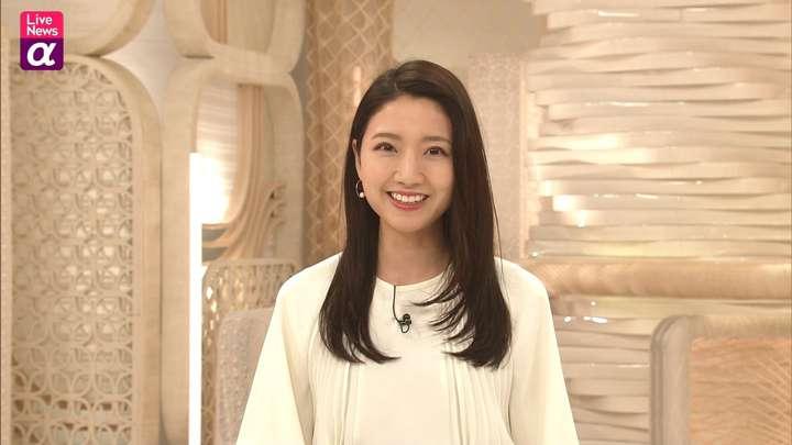 2021年04月12日三田友梨佳の画像14枚目