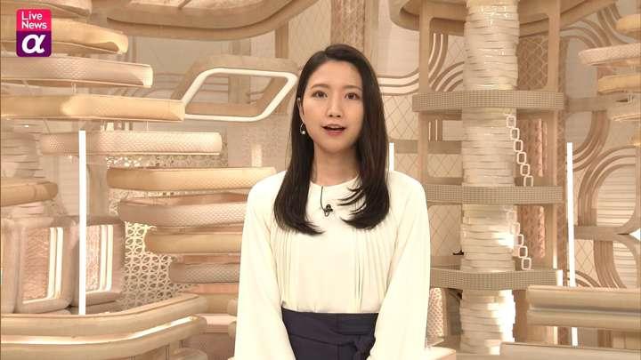 2021年04月12日三田友梨佳の画像18枚目