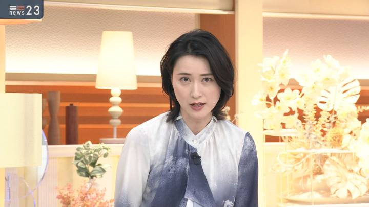 2021年01月04日小川彩佳の画像03枚目