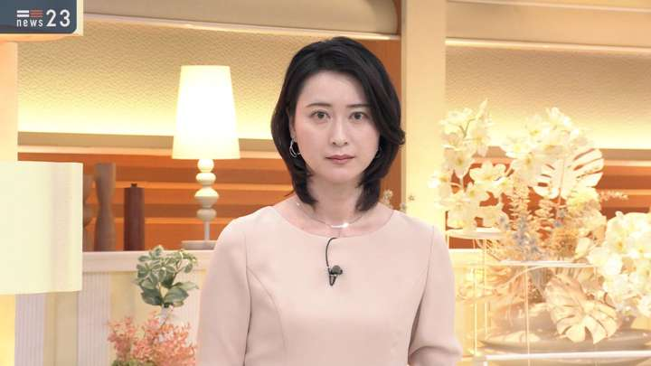 2021年01月18日小川彩佳の画像16枚目