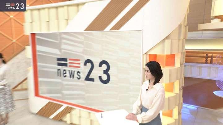 2021年02月12日小川彩佳の画像02枚目