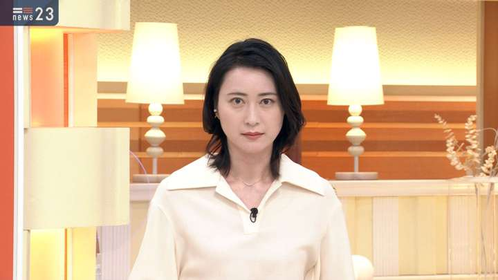 2021年02月12日小川彩佳の画像08枚目