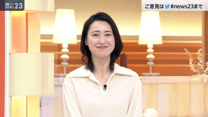 2021年02月12日小川彩佳の画像10枚目