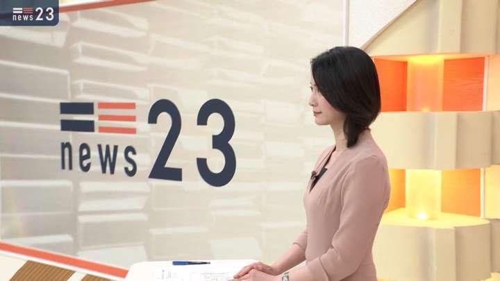 2021年02月23日小川彩佳の画像01枚目