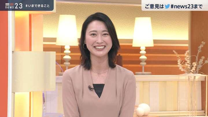 2021年02月23日小川彩佳の画像11枚目