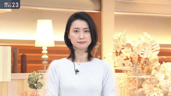 2021年02月24日小川彩佳の画像03枚目