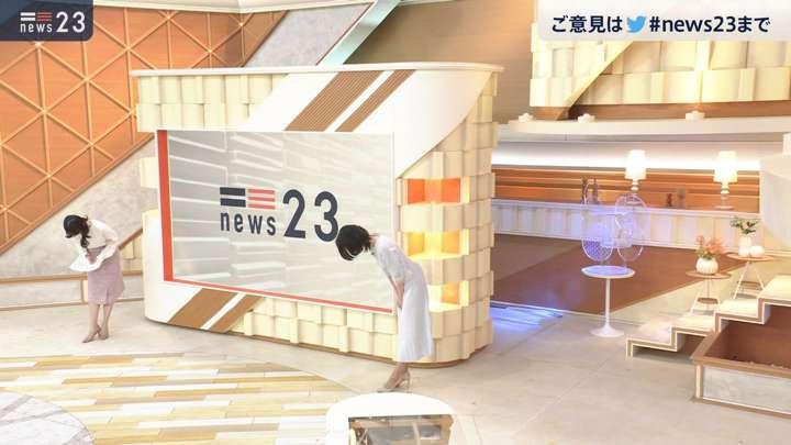 2021年02月24日小川彩佳の画像13枚目