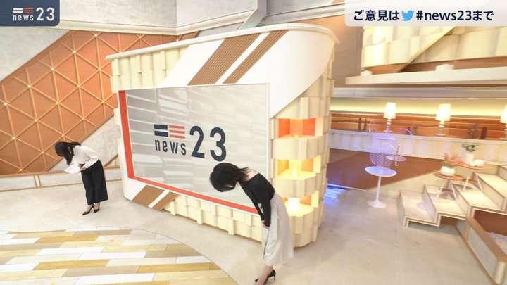 2021年03月23日小川彩佳の画像10枚目