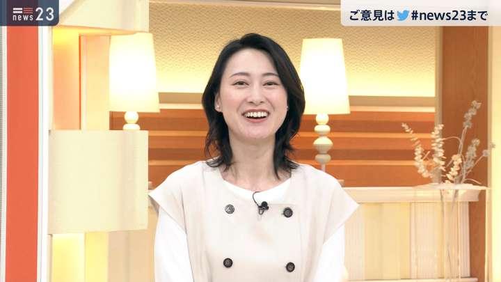 2021年04月09日小川彩佳の画像09枚目