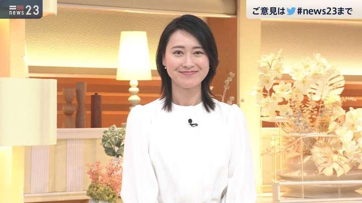 2021年04月19日小川彩佳の画像09枚目