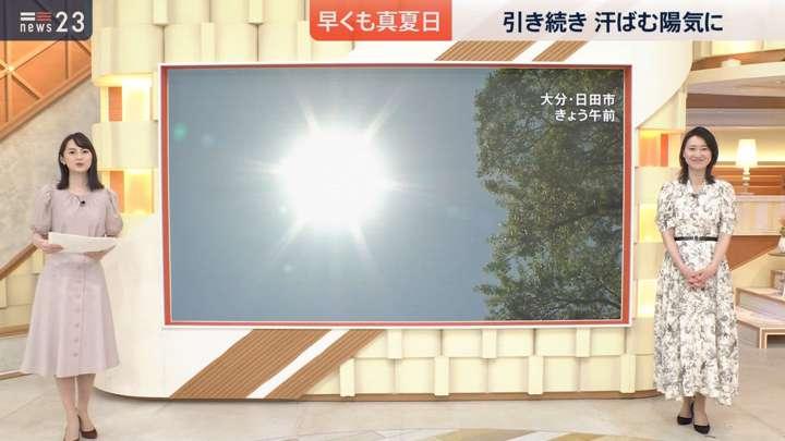 2021年04月21日小川彩佳の画像07枚目