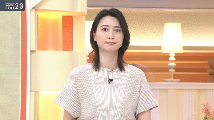 2021年04月26日小川彩佳の画像06枚目