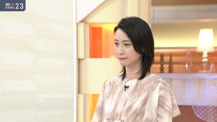 2021年04月27日小川彩佳の画像01枚目