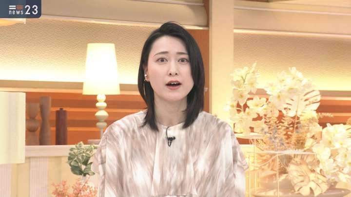 2021年04月27日小川彩佳の画像03枚目