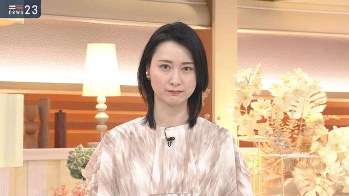 2021年04月27日小川彩佳の画像08枚目
