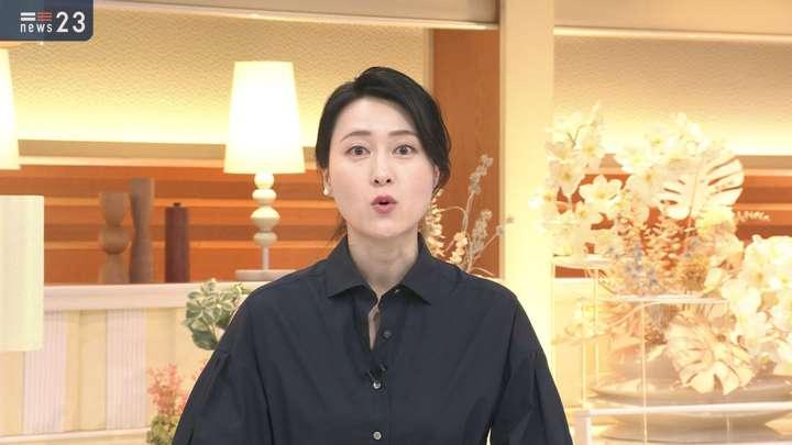 2021年04月30日小川彩佳の画像03枚目