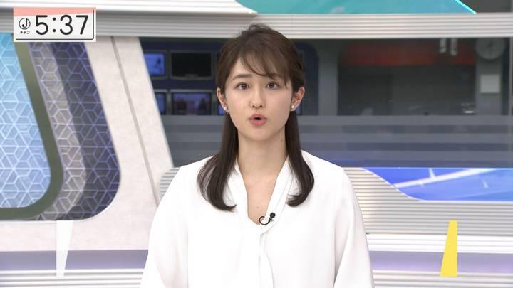2020年12月31日佐藤ちひろの画像03枚目