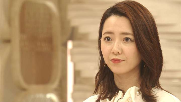 2021年02月05日内田嶺衣奈の画像02枚目