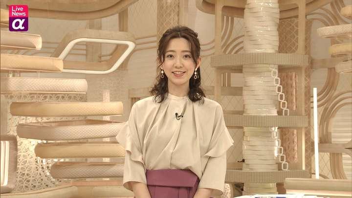 2021年02月26日内田嶺衣奈の画像13枚目