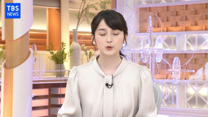2021年02月12日山本恵里伽の画像03枚目