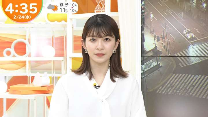 2021年02月24日山本里菜の画像03枚目