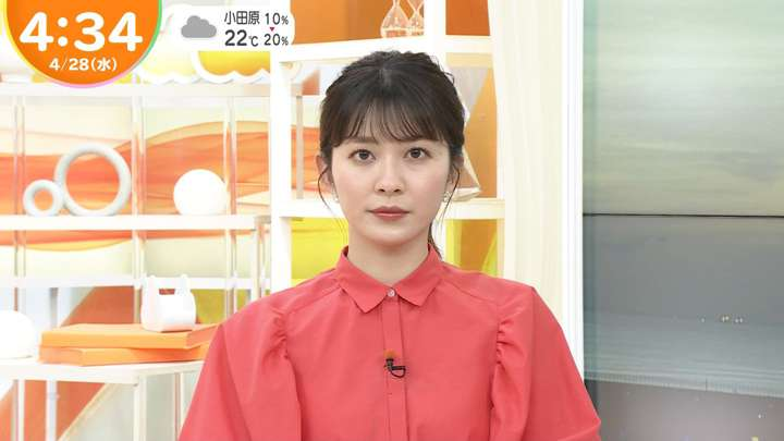 2021年04月28日山本里菜の画像03枚目
