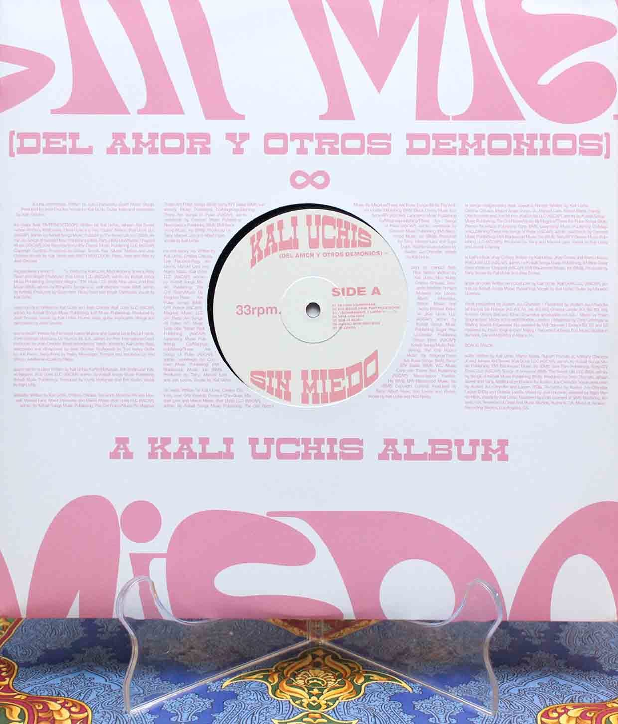 Kali Uchis - Sin Miedo 03