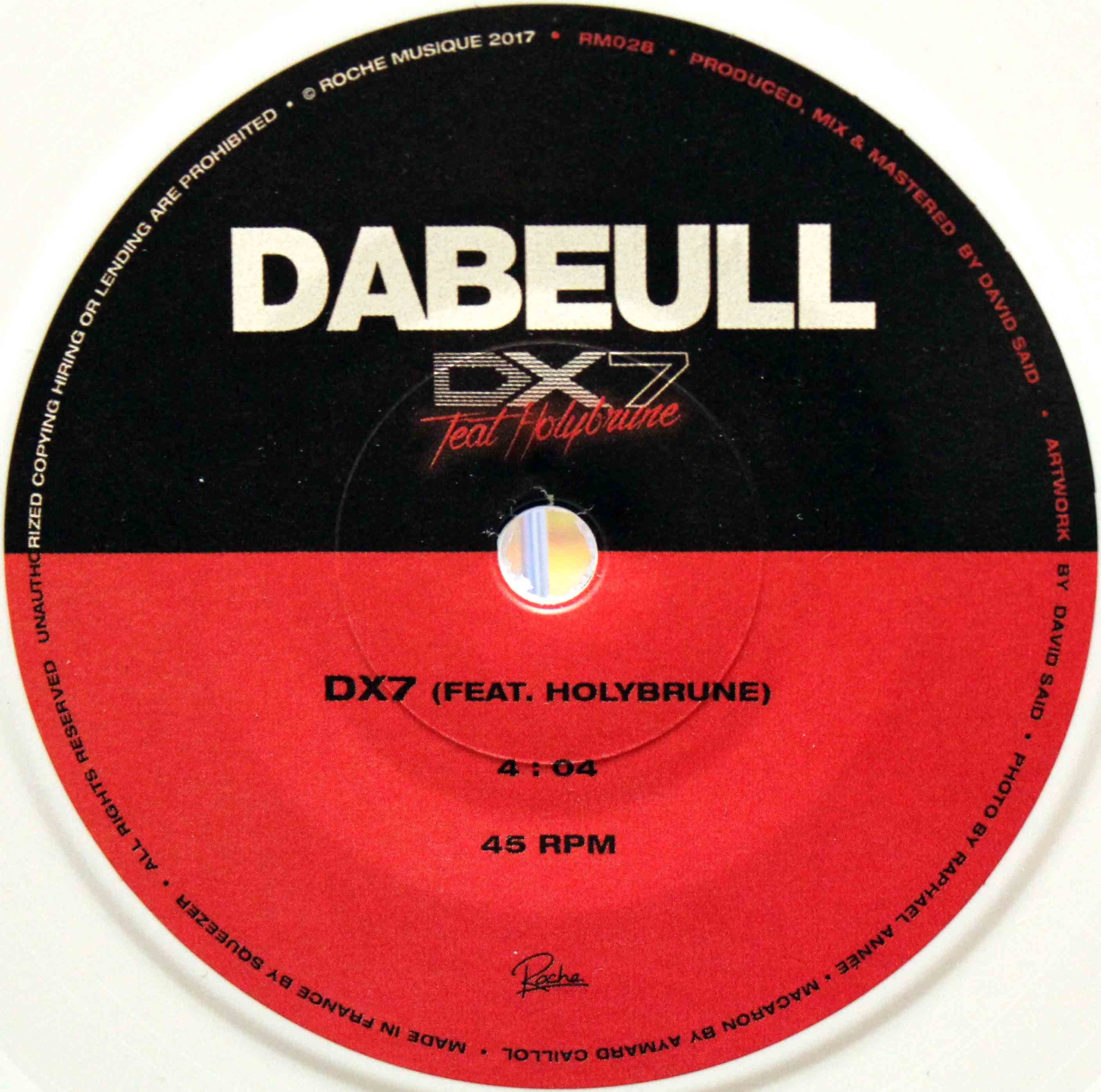 Dabeull – DX7 05