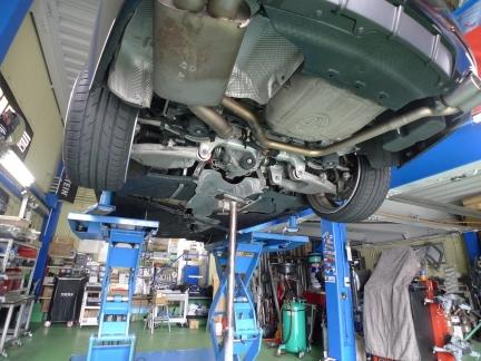 BMW F10 5シリーズマフラー加工