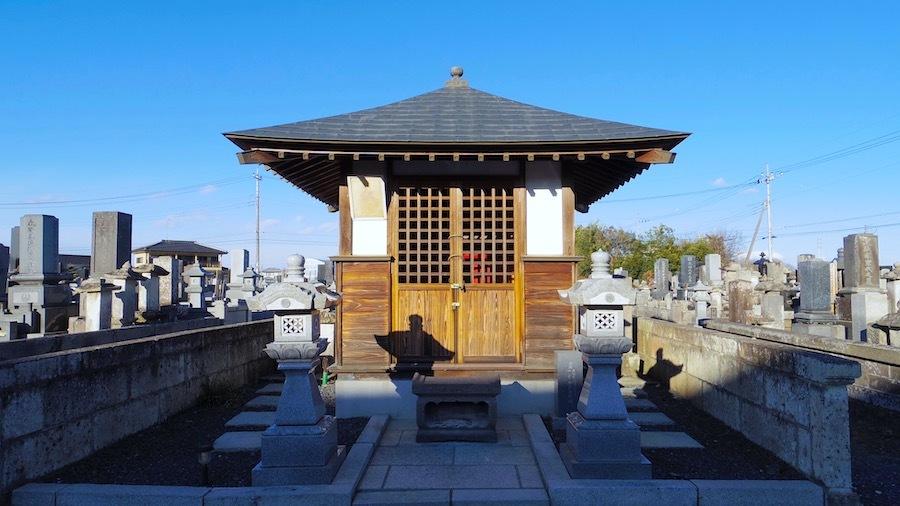 おさん塚と星宮神社と上総堂7