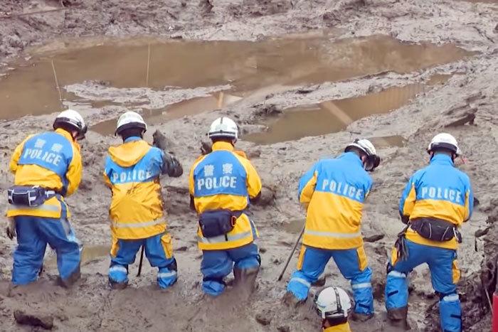 熱海土石流-救助-捜索