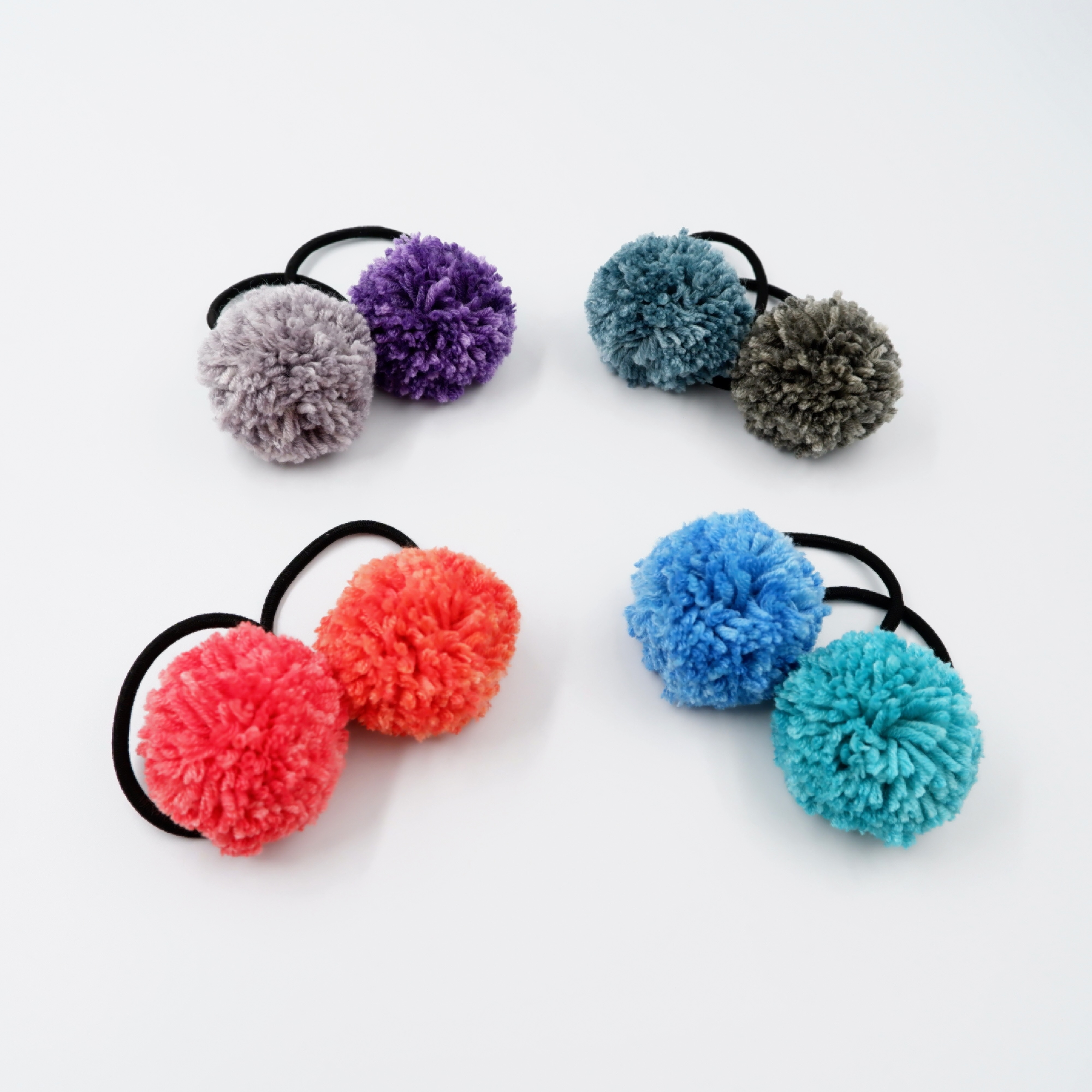 HanahanD 手編み雑貨 ポンポン ヘアゴム 毛糸