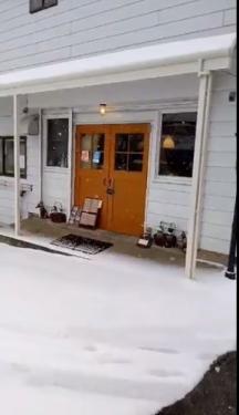 20210112草津温泉カフェ花栞(はなしおり)雪しんしん